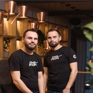 Юдины  Александр и Владимир