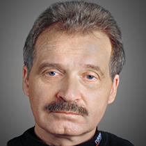Николаев Петр