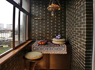 10 примеров оформления маленького балкона