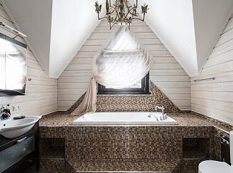 Дизайн ванной комнаты в загородном доме