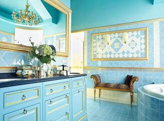 Фото дизайна голубой ванной комнаты