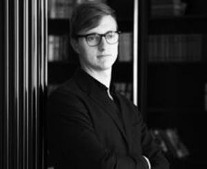 <p class=author>Александр Королёв.</p> Для новых буржуа