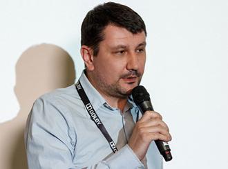 <p class=author>Олег Люгин.</p> Домашний кинозал.