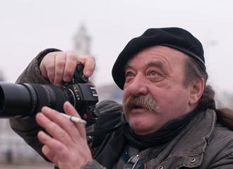 <p class=author>Лев Мелихов.</p> Долгий путь