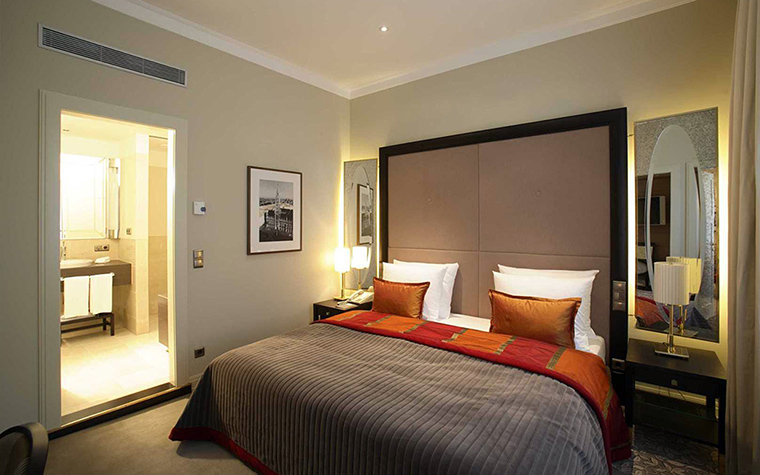 Фото № 36782 отели   Отель