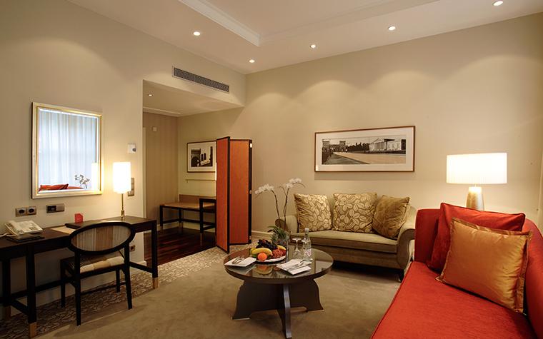 Фото № 36783 отели   Отель