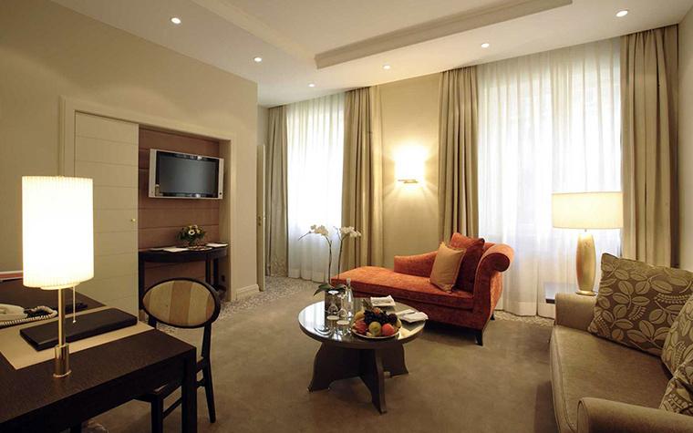 Фото № 36784 отели   Отель