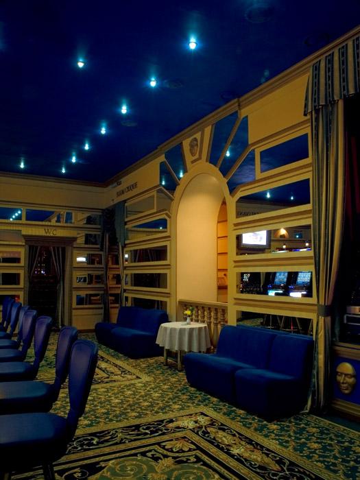 Развлекательный центр, ночной клуб «», развлекательный центр, ночной клуб, фото из проекта