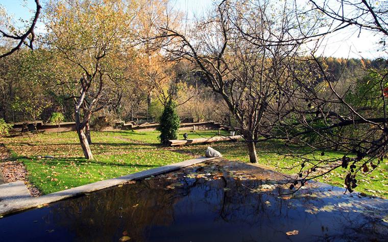 Фото № 7103 водоем  Загородный дом