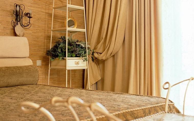 Фото № 3945 спальня  Загородный дом