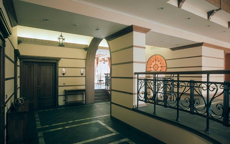 Загородный дом. холл из проекта , фото №3437