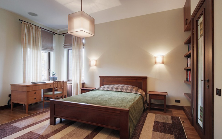 Загородный дом. спальня из проекта , фото №7383