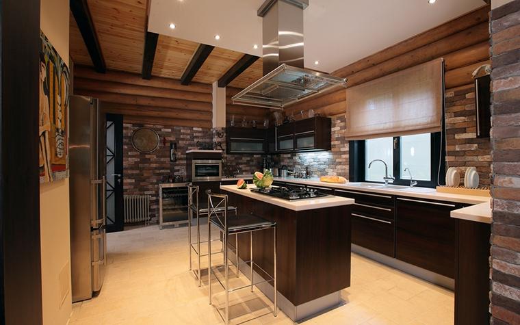 Фото № 8180 кухня  Загородный дом