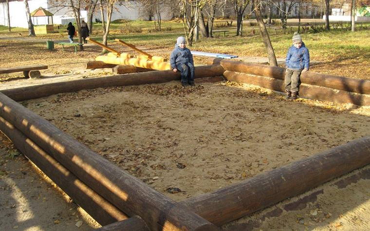Фото № 11184 детская площадка  Загородный дом