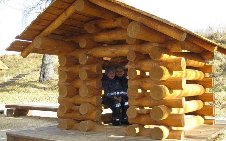 Фото детская площадка Загородный дом