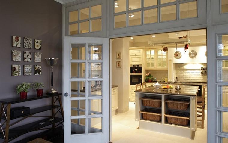 Фото № 12836 кухня  Загородный дом