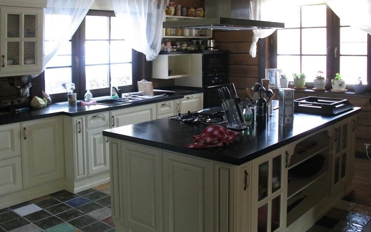 Фото № 15563 кухня  Загородный дом