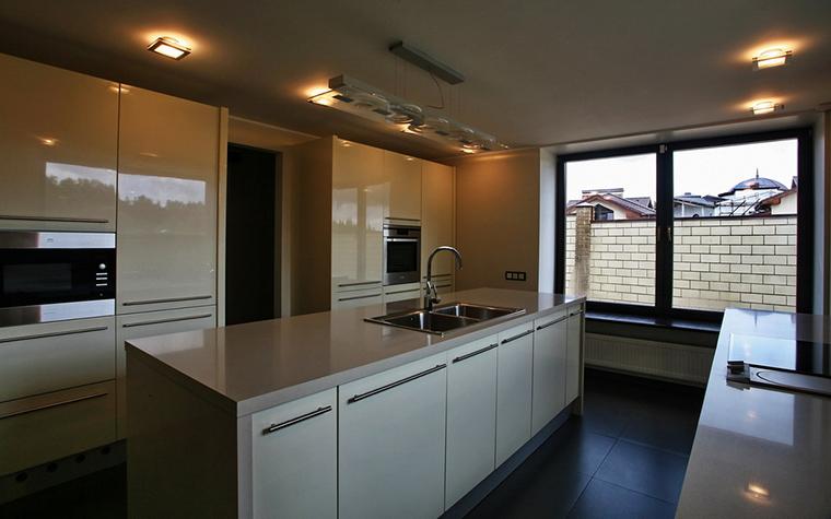 Фото № 15721 кухня  Загородный дом