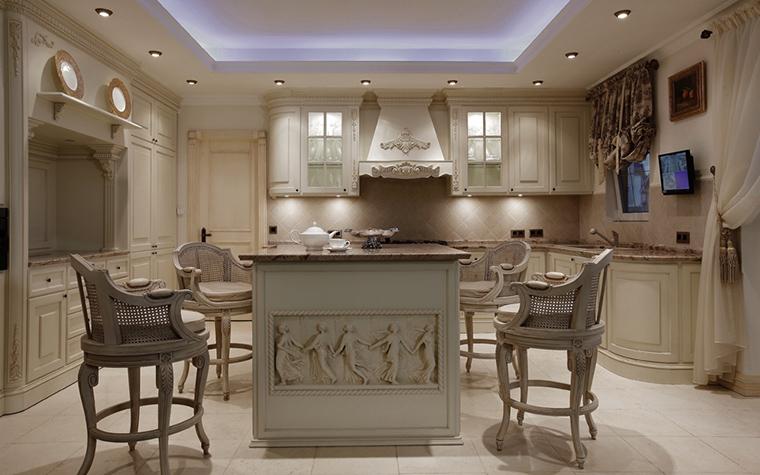 Фото № 16227 кухня  Загородный дом