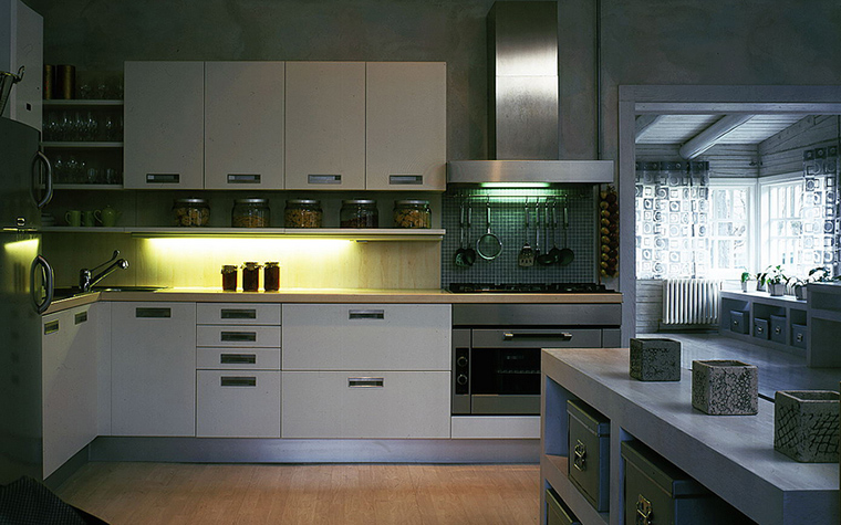Фото № 18038 кухня  Загородный дом
