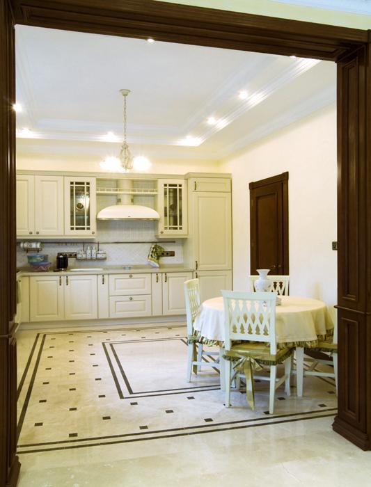 Фото № 18077 кухня  Загородный дом