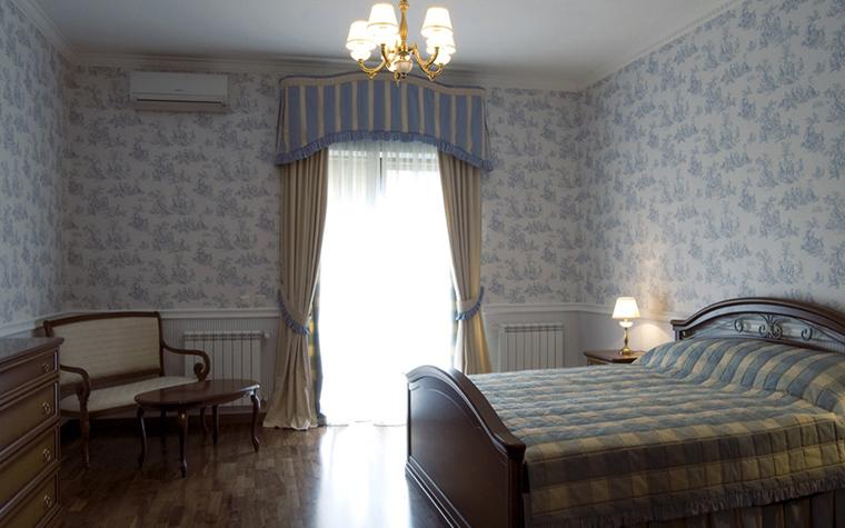 Фото № 18095 спальня  Загородный дом