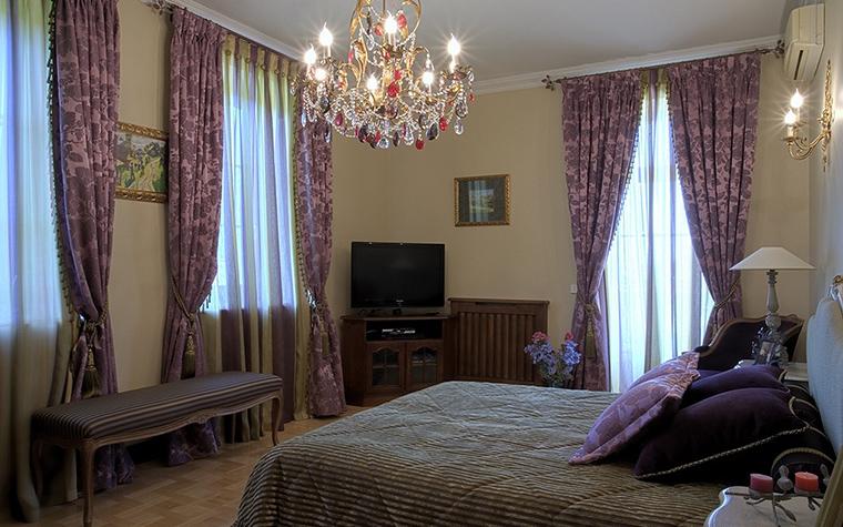 Фото № 18737 спальня  Загородный дом