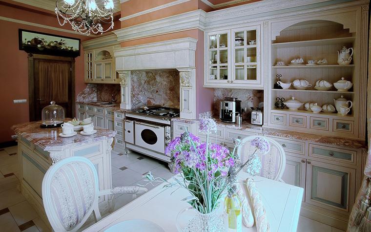 Фото № 18730 кухня  Загородный дом