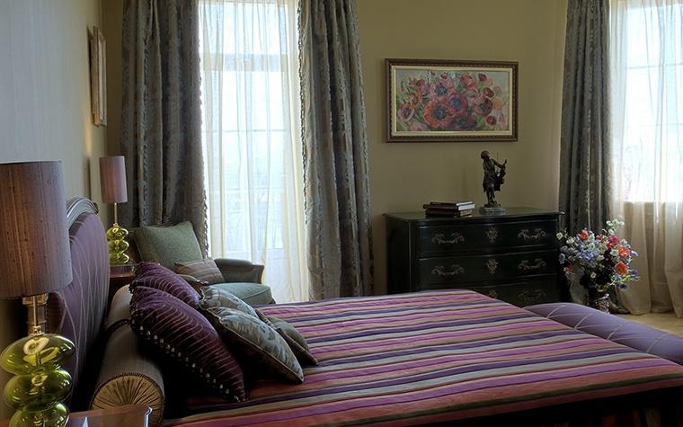 Фото № 18735 спальня  Загородный дом