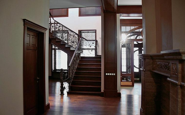 Загородный дом. холл из проекта , фото №18750