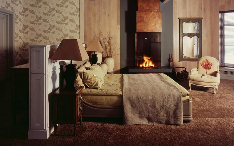 Фото № 20171 спальня  Загородный дом