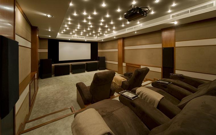 интерьер домашнего кинотеатра - фото № 20735