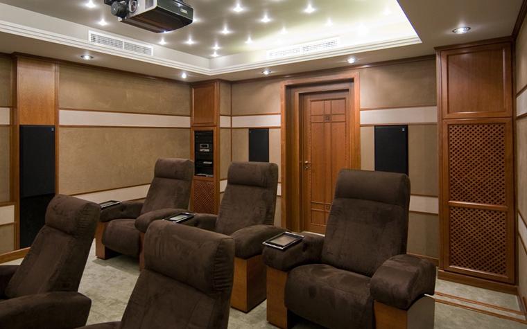 интерьер домашнего кинотеатра - фото № 20734