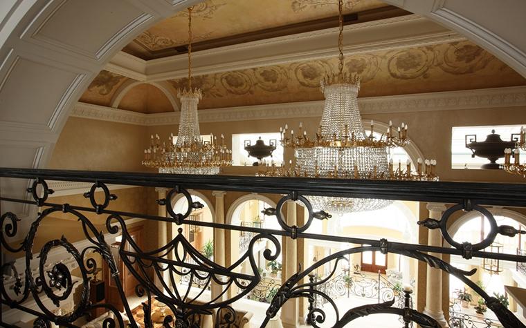 Дизайн декоративных колонн в интерьере