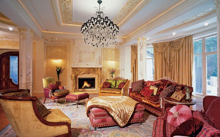 <p>Авторы проекта: архитектор Марина Путиловская. Фотограф Зинон Разутдинов</p> <p>Дворцовый стиль требует дворцового пространства.&nbsp; Чтобы оформить гостиную в стиле дворцовой классики, помещение должно быть&nbsp; просторными, потолки&nbsp;&mdash; высокими, а&nbsp;окна&nbsp;&mdash;  большими. Тогда все элементы стиля - лепнина, драпировки, каскадные люстры, камины будут выглядеть достойно и выигрышно.</p>