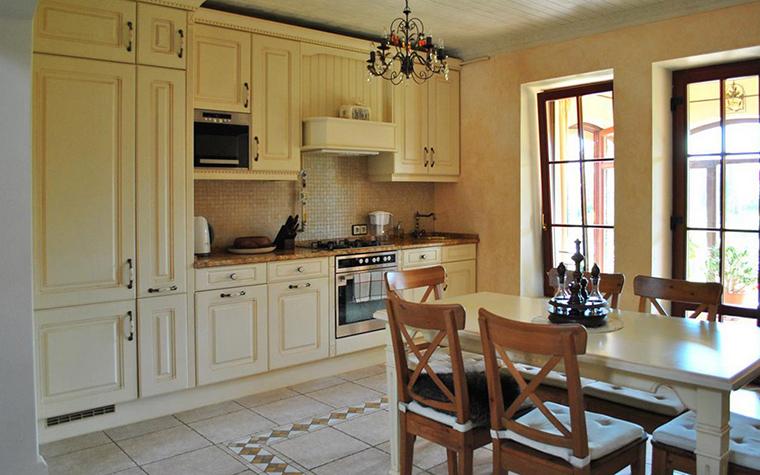 Фото № 23832 кухня  Загородный дом