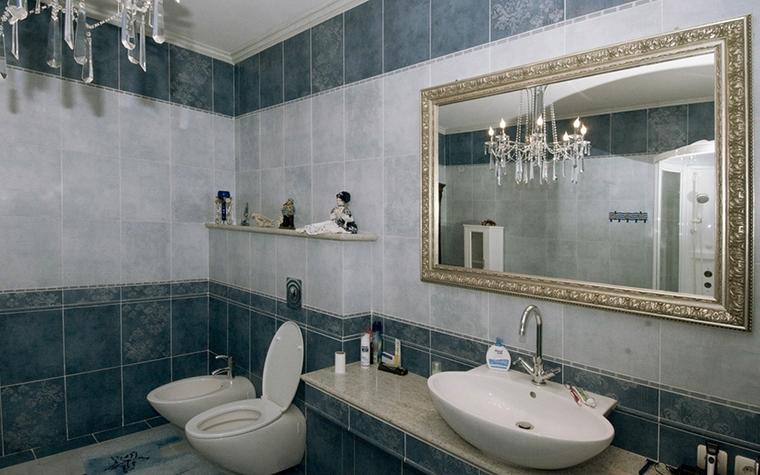 <p>Автор проекта: Сергей Смагин.&nbsp;</p> <p>Классический вариант декора. Низ и верх стен сделаны значительно темнее, по контрасту.</p>