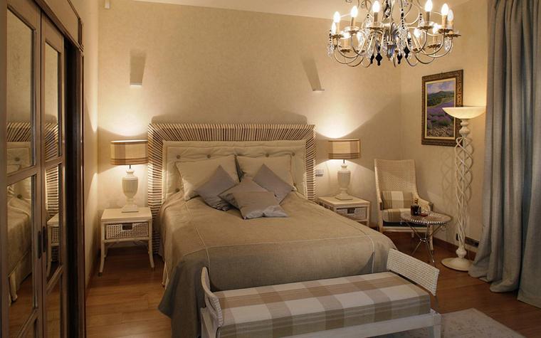 Фото № 25522 спальня  Загородный дом