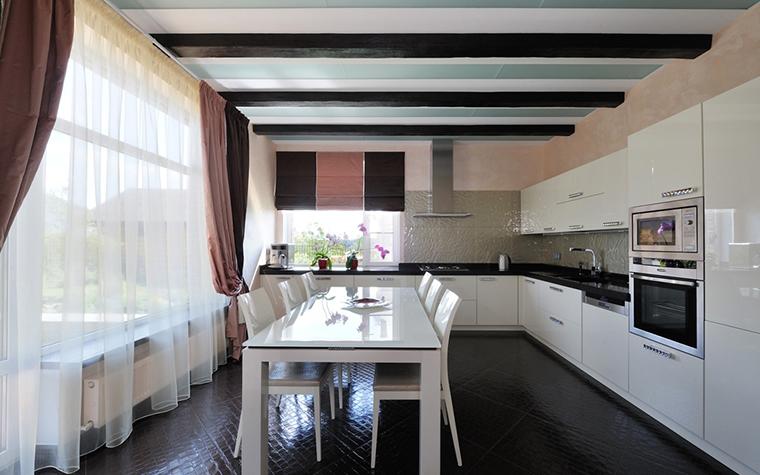 Фото № 26869 кухня  Загородный дом