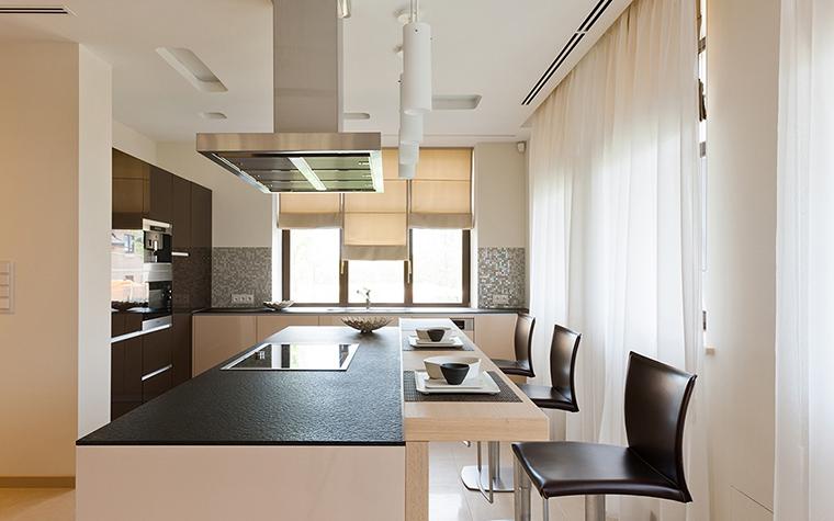 Фото № 29016 кухня  Загородный дом