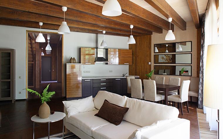 <p>Автор проекта: Тотан Кузембаев. &nbsp;</p> <p>Загородные дома Тотана Кузембаева славятся своими открытыми пространствами, объединяющими и гостиную, и столовую, и кухни, и часто холл.</p>