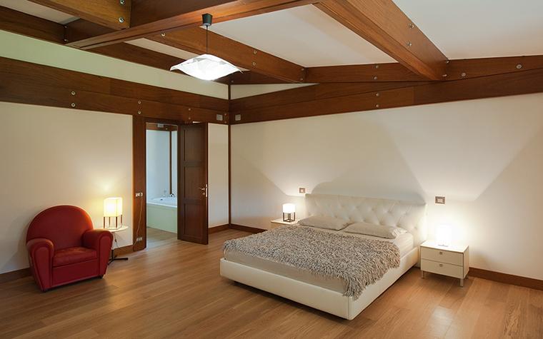 Фото № 29134 спальня  Загородный дом