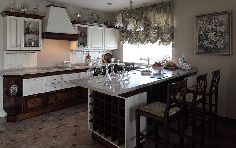Фото № 32531 кухня  Загородный дом