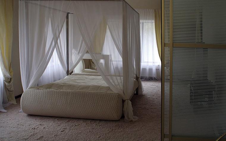 Загородный дом. спальня из проекта , фото №32766