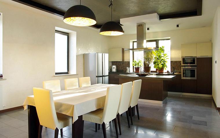 Фото № 34086 кухня  Загородный дом