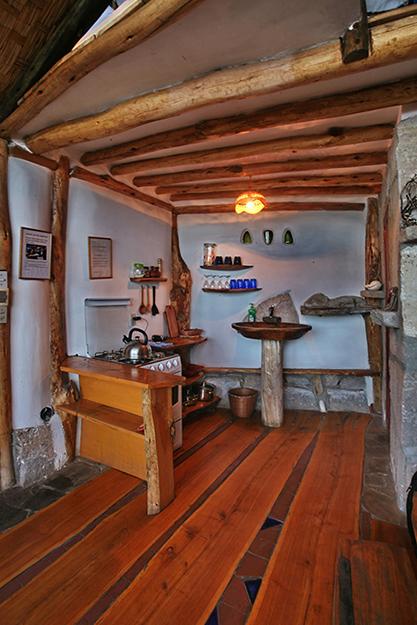 Фото № 34932 кухня  Загородный дом