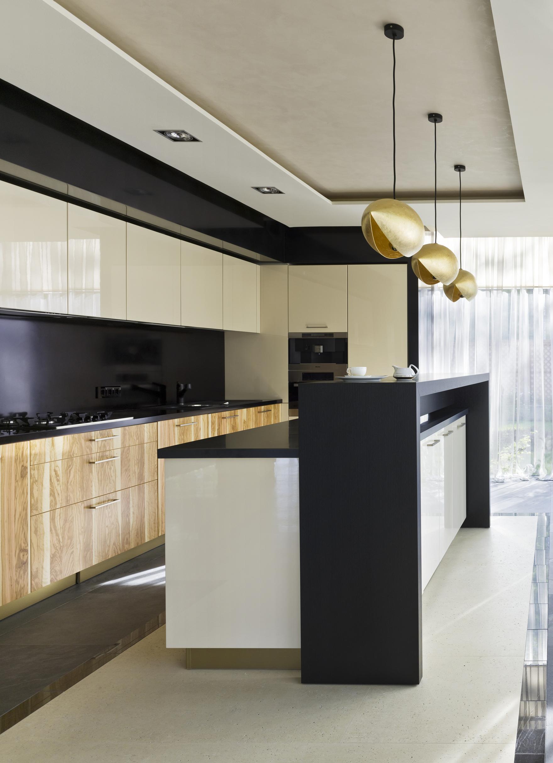 Фото № 35021 кухня  Загородный дом
