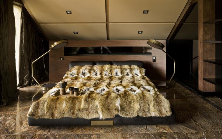 Дизайн интерьера спальни на мансарде