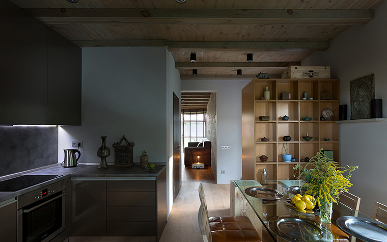 Фото № 37755 кухня  Загородный дом