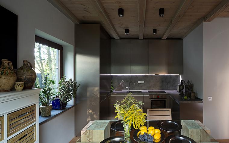 Фото № 37756 кухня  Загородный дом